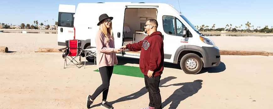 The Pros and Cons of Selling an RV on Consignment